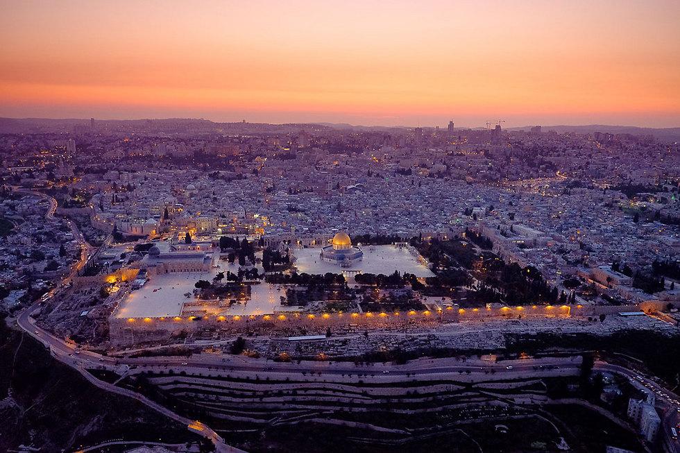 The Old City illuminated at night (Photo: Israel Bardugo)