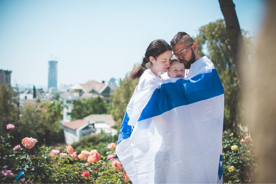 Автор с дочкой Леей и мужем. Фото: Катерина Лескин