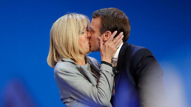 חתום בנשיקה. משפחה לא קונבציונלית (צילום: AP)