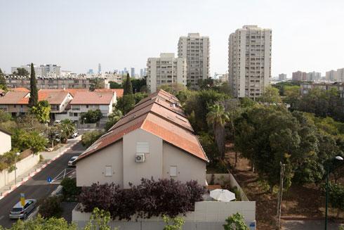 העירייה לא החליטה עדיין על גישת השימור ברמת אביב (צילום: דור נבו)