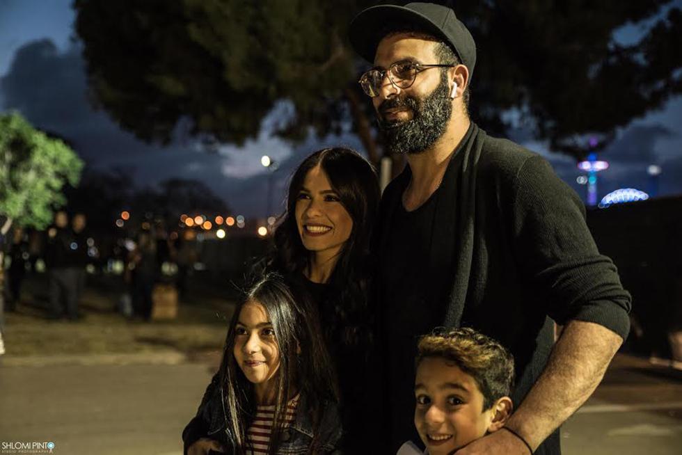 מיכל הקטנה, הבעל והילדים (צילום: שלומי פינטו) (צילום: שלומי פינטו)