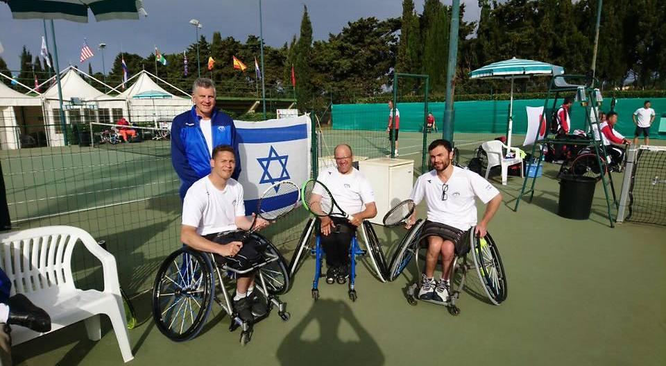 נבחרת ישראל בטניס בכיסאות גלגלים (צילום: ההתאחדות לספורט נכים)
