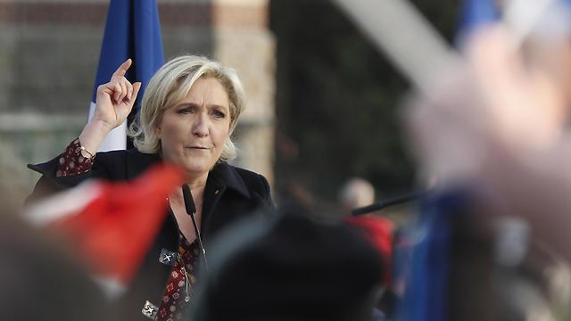 זכתה לתמיכת רוסיה. מרין לה פן (צילום: AP) (צילום: AP)