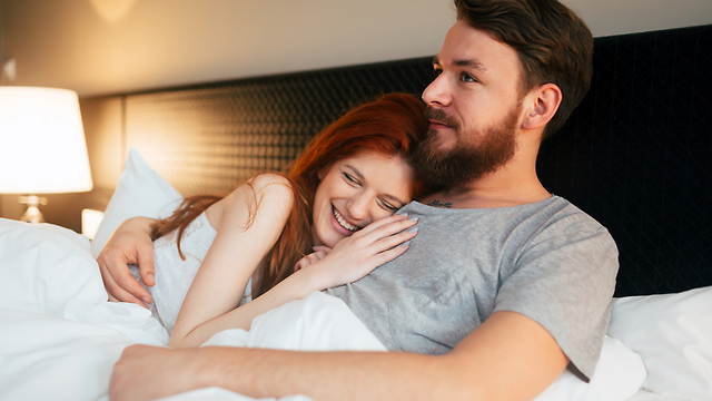 שלושה גורמים מרכיבים את האינטליגנציה הזוגית: מחויבות, תקשורת והערכת מצב הרוח (צילום: Shutterstock) (צילום: Shutterstock)