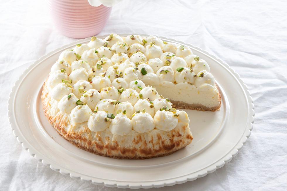 עוגת ריקוטה וקרם לימון  (צילום: דני לרנר, סגנון: נעמה רן)