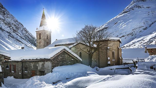 בונבאל סור-ארק בהרי האלפים בצרפת (צילום: shutterstock)