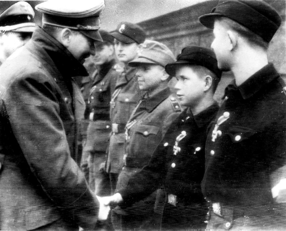 Nazi soldiers (Photo: AP)