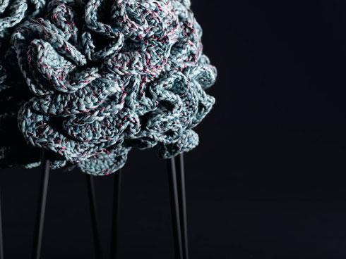 200 פרחים סרוגים בפוף אחד (צילום: רונן מנגן)
