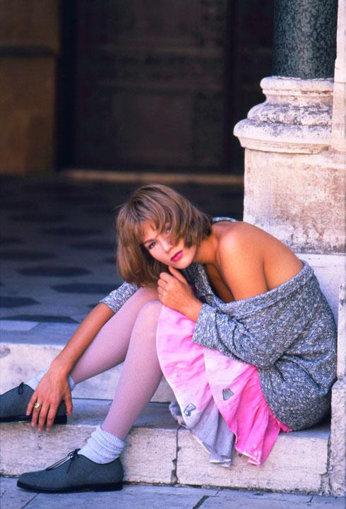 לם, שהחל לצלם בשנות ה-60 לאחר ששב מלימודים באנגליה, הוא מדור המייסדים השני של צילום האופנה המסחרי בישראל. 1987 (צילום: בן לם)