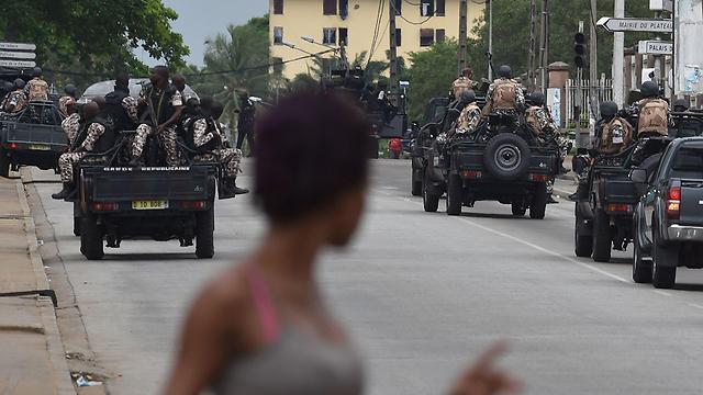 כוחות צבא חוף השנהב. אביג'אן (צילום: AFP) (צילום: AFP)