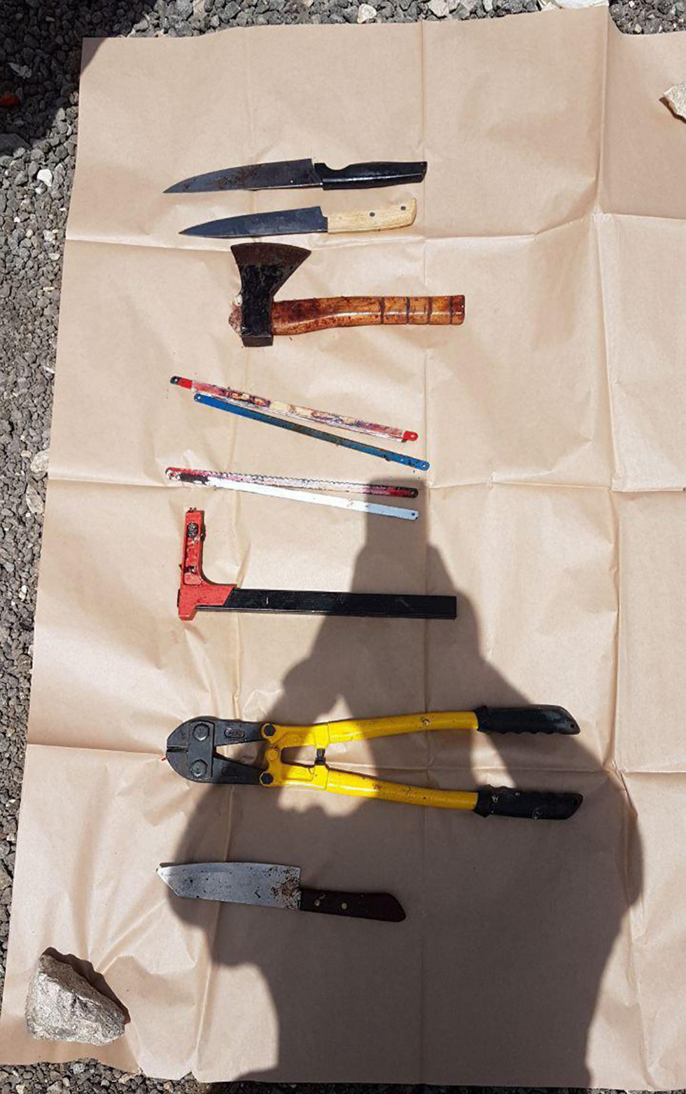 The tools found (Photo: Police Spokesperson)