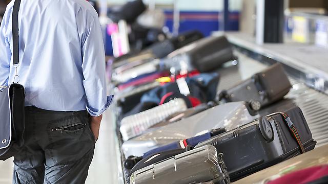המסוע מסתובב, והמזדווה שלכם לא מגיעה. מה עושים? (צילום: Shutterstock)
