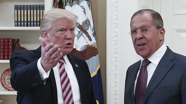 President Trump and Sergei Lavrov (Photo: MCT)