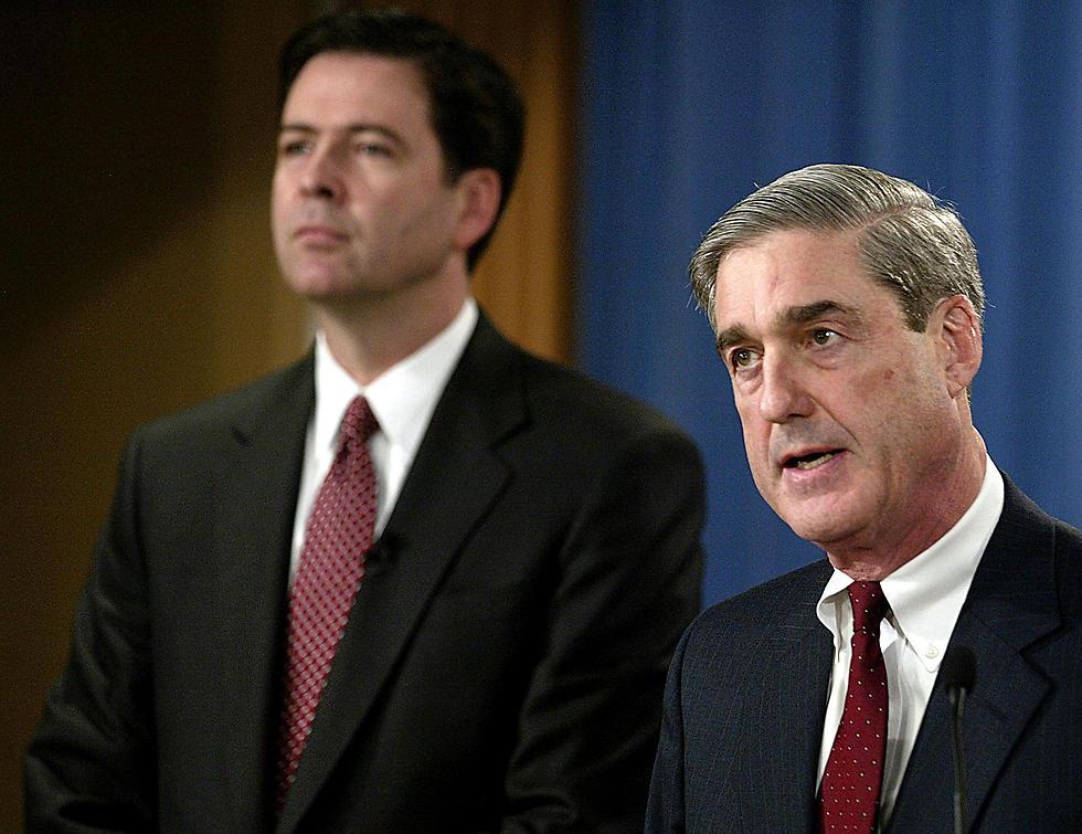 Former FBI Directors James Comey (L) and Robert Mueller (Photo: AFP)