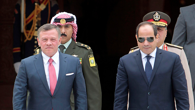 King Abdullah and President Abdel Fattah al-Sisi (Photo: AFP)