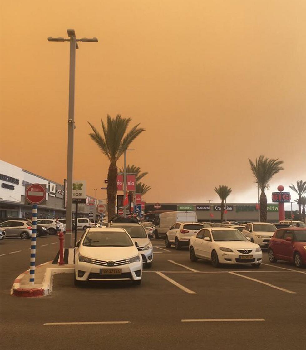 מרכז קניות באילת (צילום: טל שמיר)