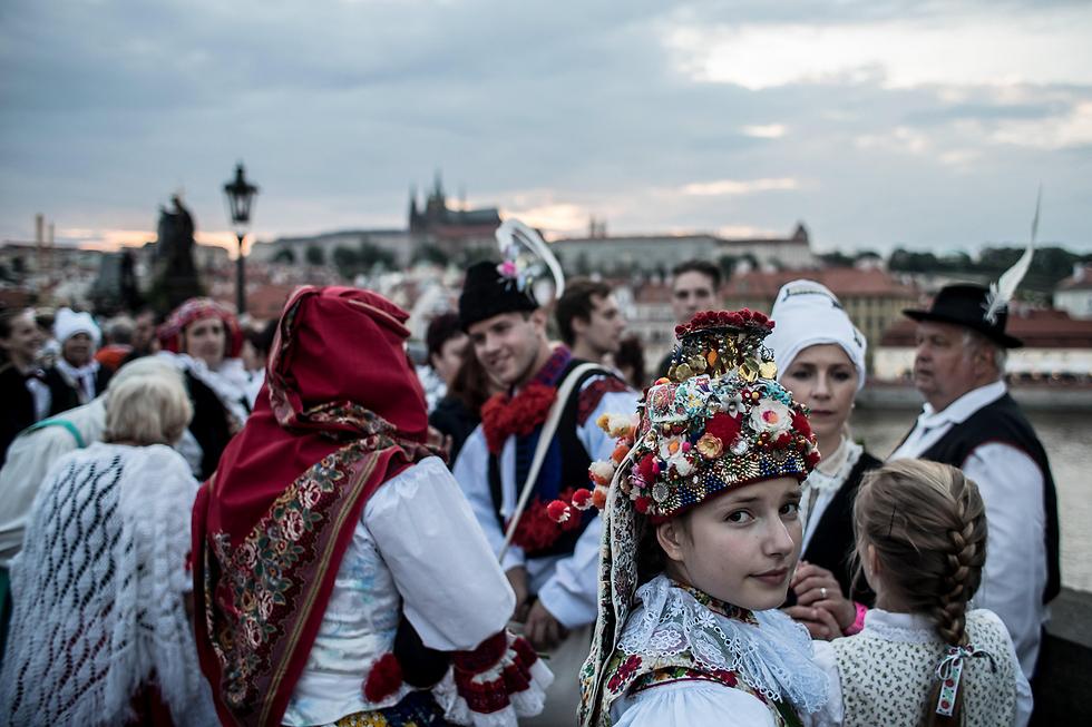 חגיגות הבאליס בפראג, צ'כיה (צילום: EPA)