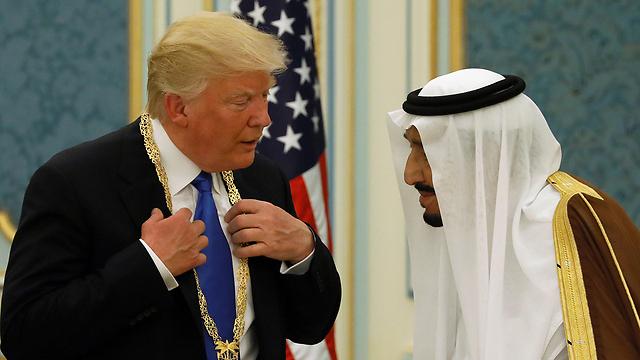 """הוא הסכים"""". מלך סעודיה סלמאן וטראמפ (צילום: רויטרס) (צילום: רויטרס)"""