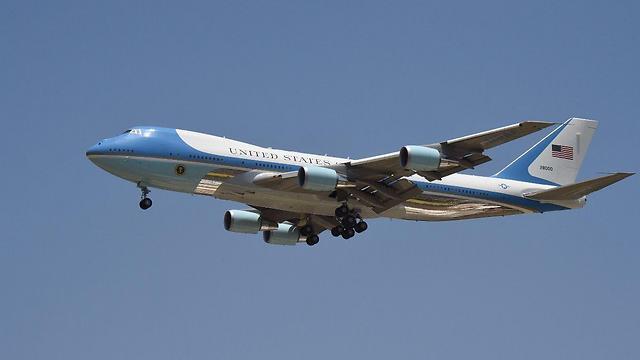 Самолет заходит на посадку. Фото: Яир Саги