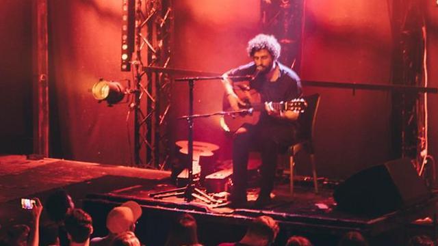 חוזה גונזלס בהופעה (צילום: אורית פניני) (צילום: אורית פניני)