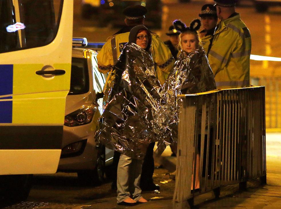 Újabb Terrortámadás 19 halott és 50 sérült Ariana Grande manchesteri koncertjén
