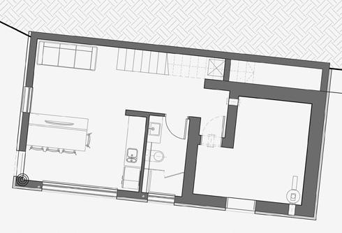 תוכנית קומת המרתף, שבה ממ''ד וסטודיו, והיא מתחת לחלק המרחף של קומת הכניסה (שרטוט: SO ARCHITECTURE שחר לולב ועודד רוזנקיאר)