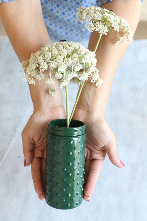 כד לפרחים (צילום: אלעד גרשגורן)