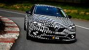 רנו מגאן RS חדשה וסופר-ספורטיבית נחשפת חלקית