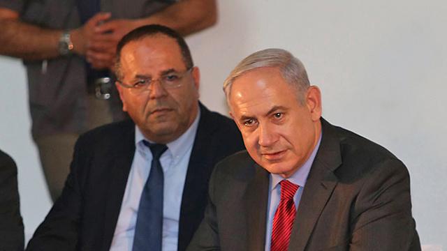 Netanyahu and Kara (Photo: Elad Gershgoren) (Photo: Elad Gershgoren)