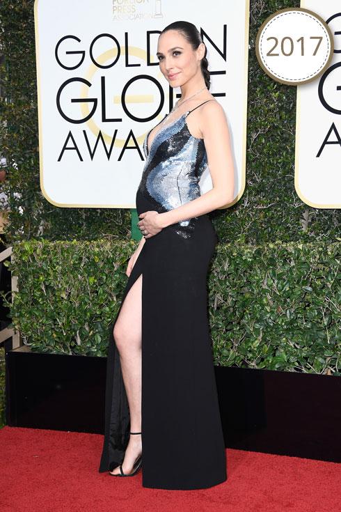 גדות מגיעה לטקס פרסי גלובוס הזהב בהיריון מתקדם, חמושה בשמלת ערב מרהיבה של בית האופנה מוגלר. מהלוקים היפים ביותר שלה על השטיח האדום עד כה (צילום: Gettyimages)