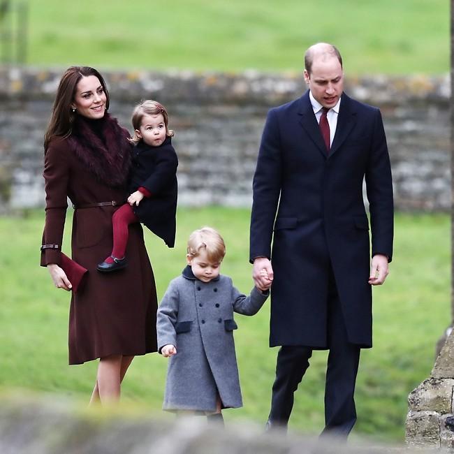 הנסיכים ג'ורג' ושרלוט עם מאמי אנד דאדי (gettyimages)