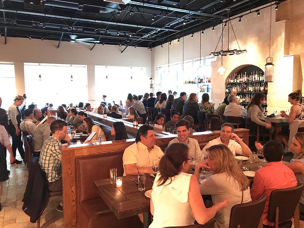 """הכי גאווה ישראלית: מסעדת """"זהב"""" בעיר"""