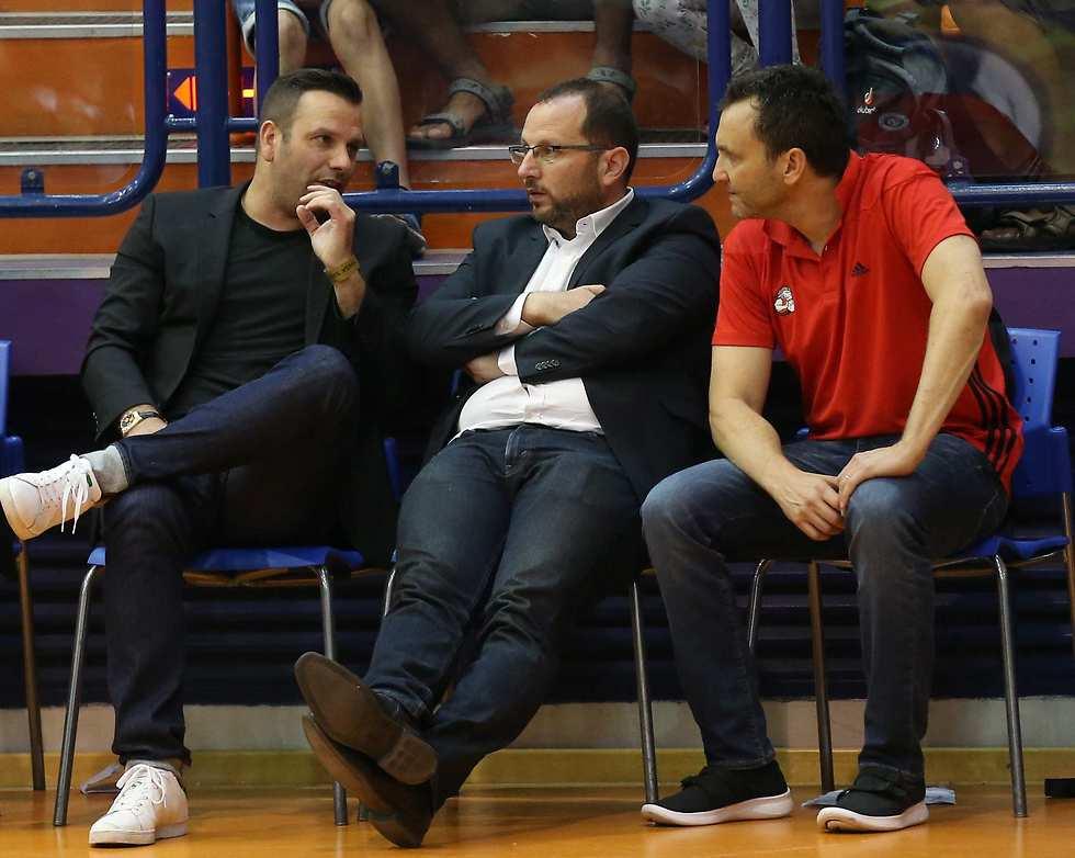 שינוי דרמטי בהנהלה? חומסקי, אלון והראל (צילום: אלעד גרשגורן) (צילום: אלעד גרשגורן)