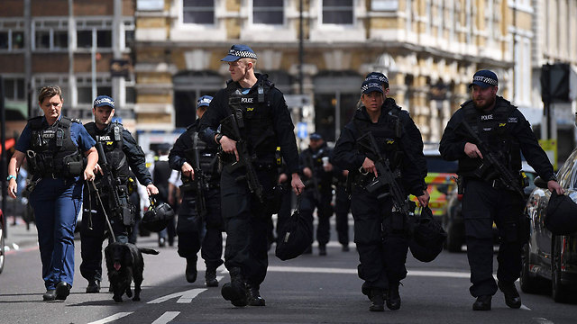 Police forces in London following Saturday night's attack. Because they are acting efficiently, most planned terror attacks have been uncovered before the execution stage (Photo: AFP) (Photo: AFP)
