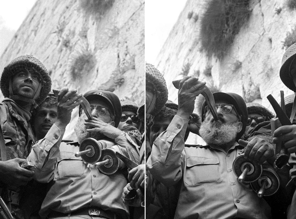 בפריימים הללו מצטרף מצולם נוסף - הרב הצבאי הראשי, האלוף שלמה גורן, שתוקע בשופר ומסתיר את המצולמים האחרים, בהם יפעת וקרסנטי, שעומדים משמאלו (צילום: דוד רובינגר)