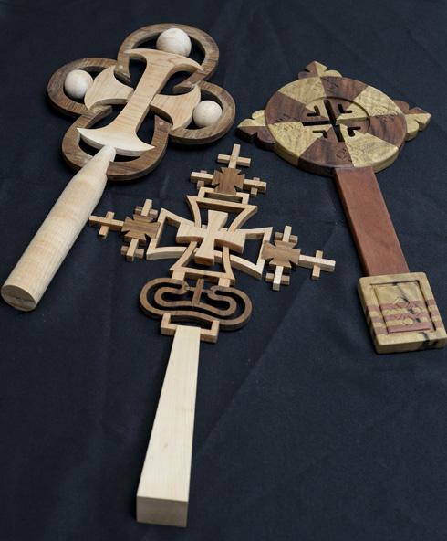 עבודת עץ של פאתן מנסור מהחוג לעיצוב תעשייתי מכליל במכללת הדסה (צילום: ליאור דסקל)