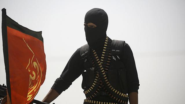 IS militant (Photo: AFP)