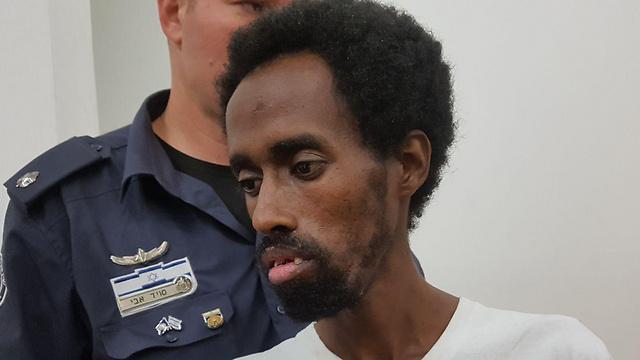 החשוד ארגאו אסרס בבית המשפט (צילום: רענן בן צור) (צילום: רענן בן צור)