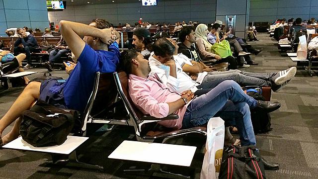 בלגן בנמל התעופה בדוחא (צילום: AP)