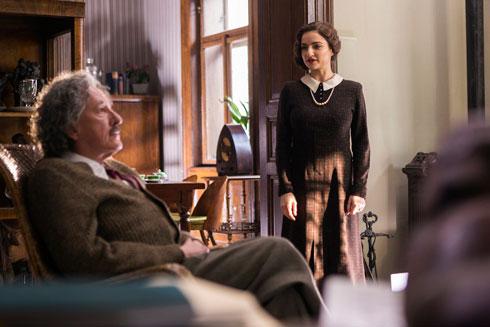 """בוקשטיין בסדרה """"גאון"""" על חיי אלברט איינשטיין (צילום: נשיונל ג'יאוגרפיק)"""