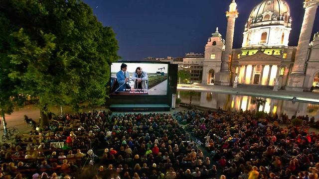 חוויה יוצאת דופן: הקולנוע הפתוח בווינה