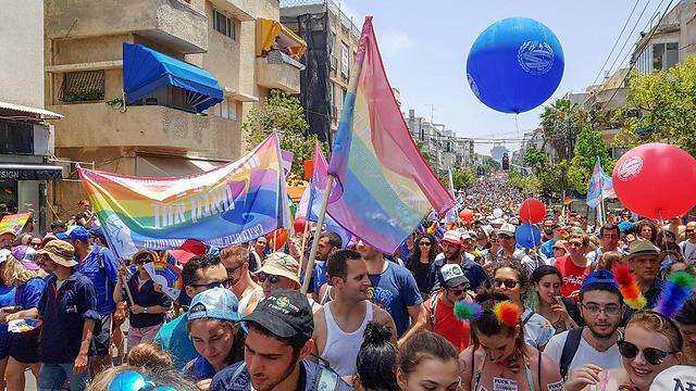 """""""Парад гордости"""" в Тель-Авиве, 2017 год. Фото: Идо Эрез"""