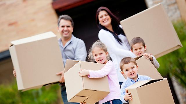 שתפו את הילדים במשימות הרבות (צילום: shutterstock) (צילום: shutterstock)