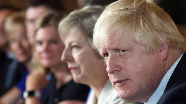לפני חודשיים: טלטלה בממשלה, שר החוץ ג'ונסון התפטר (צילום: רויטרס) (צילום: רויטרס)