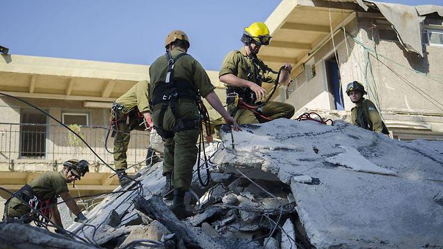 Военные спасатели отрабатывают действия на случай землетрясения. Фото: пресс-служба ЦАХАЛа (Photo: IDF Spokesperson's Unit)