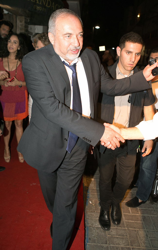 פגשת את שרה? שר הביטחון אביגדור ליברמן (צילום: ענת מוסברג)