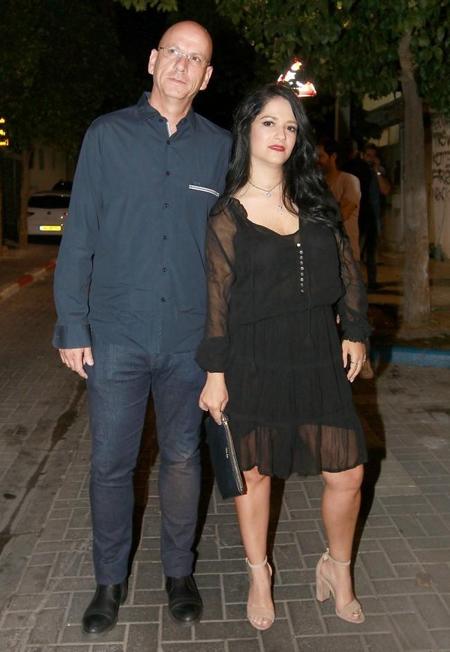 היה שווה לקחת בייביסיטר. מיקי מוכתר ובן הזוג אריק עורי (צילום: ענת מוסברג)