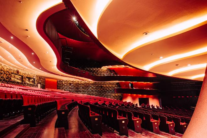 הלב האדום - האולם המרכזי  והגדול ביותר (צילום: National Taichung Theater)
