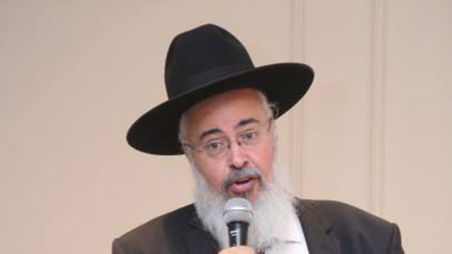 ראש מועצת עמנואל, עזרא גרשי ()
