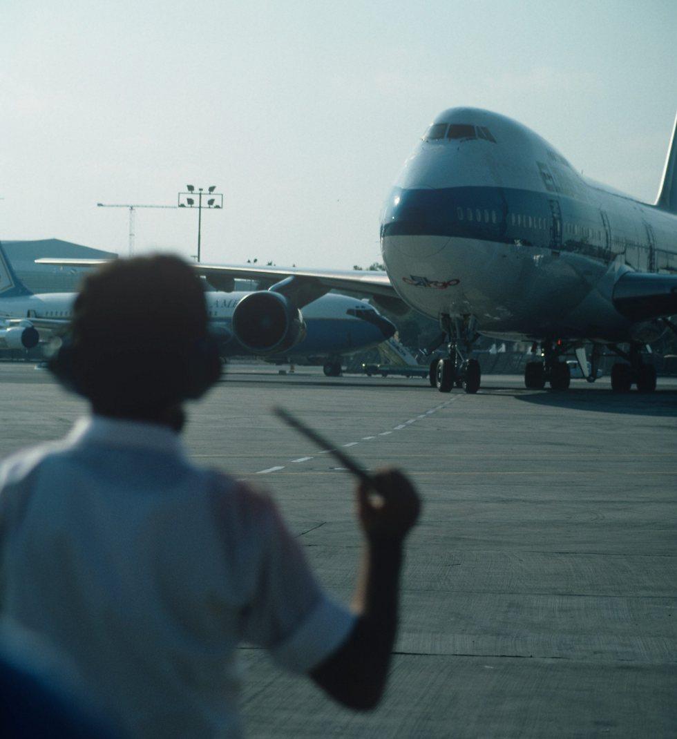"""מטוס מטען מדגם בואינג 747 בנתב""""ג (צילום: דוד רובינגר)"""